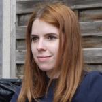 Elina TEISSIER - Chargée de communication AURA